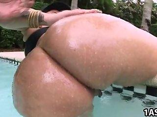 Gorda latina petada por el culo