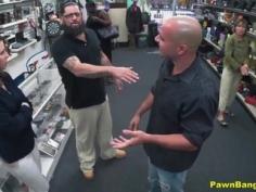 Follada por dinero en tienda de empeños